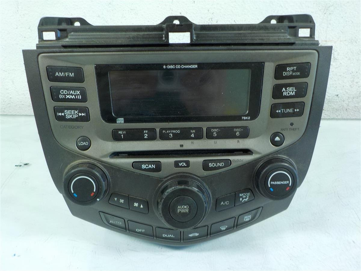 buy 2007 honda accord am fm radio 6 disc player 7bk2 59670. Black Bedroom Furniture Sets. Home Design Ideas