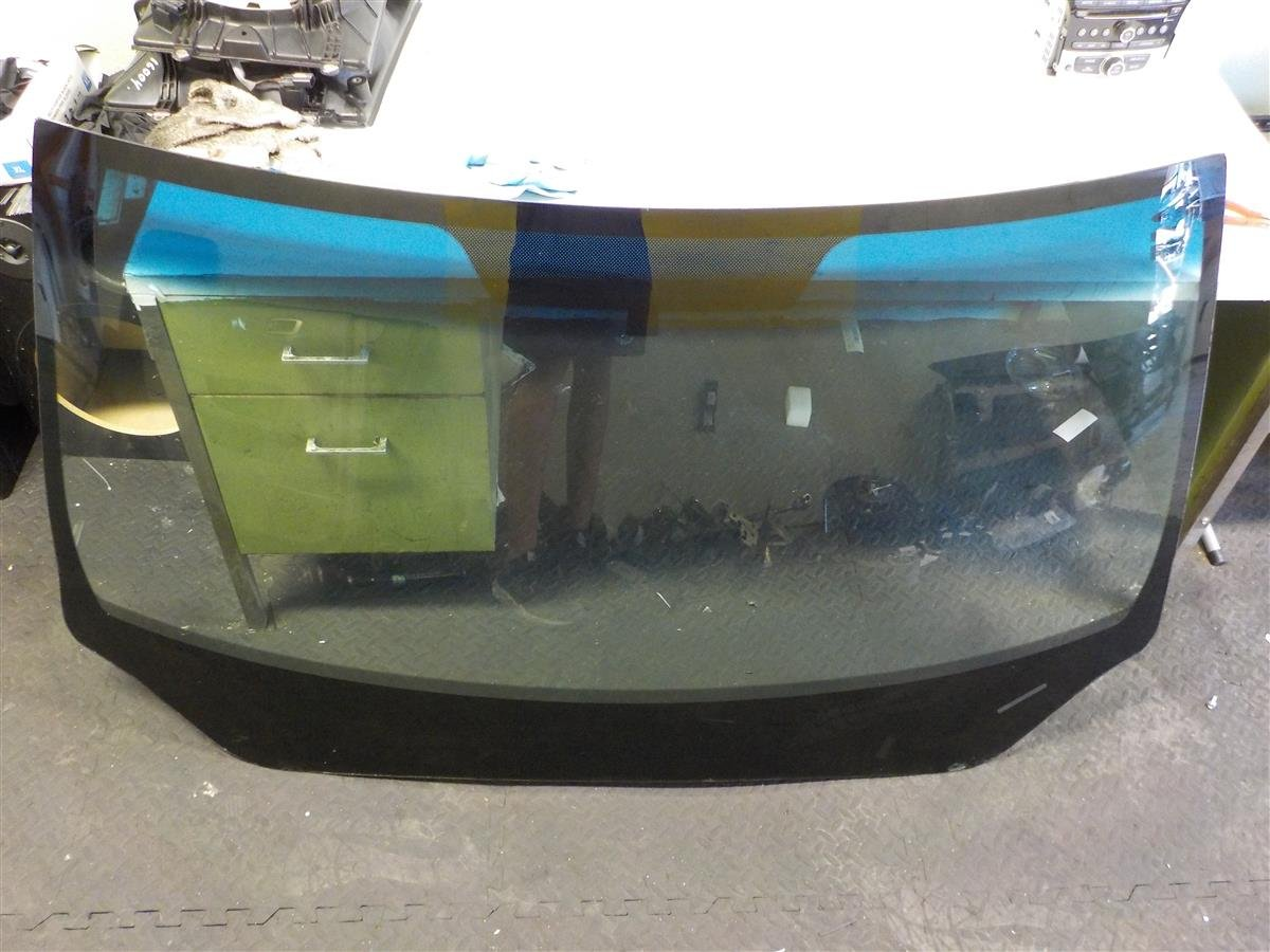 2017 Honda Pilot Front Windshield Replacement