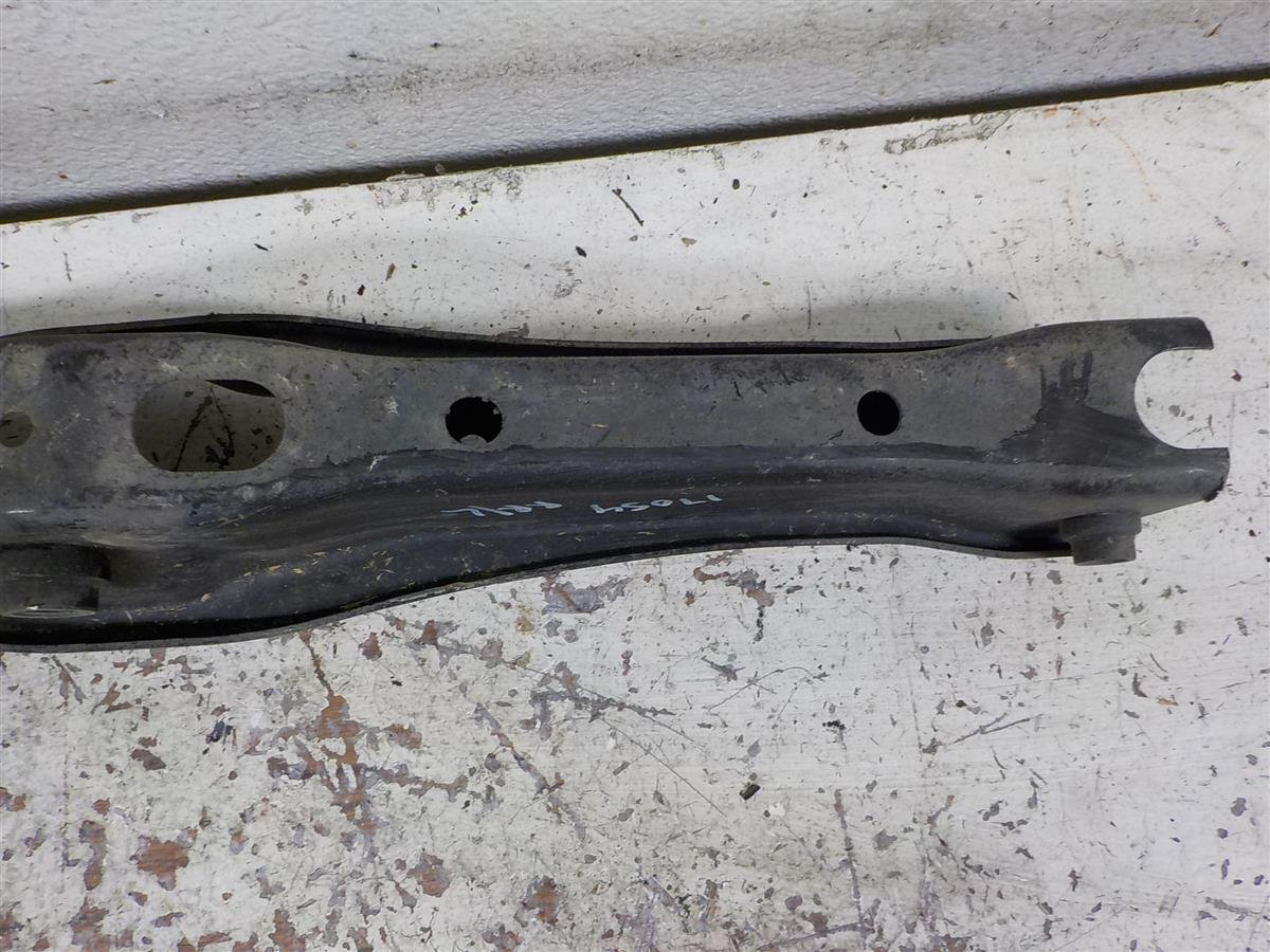 2014 Acura MDX Rear driver COIL SEAT LOWER CONTROL ARM 52356 TZ5 A91 52356TZ5A91 Replacement