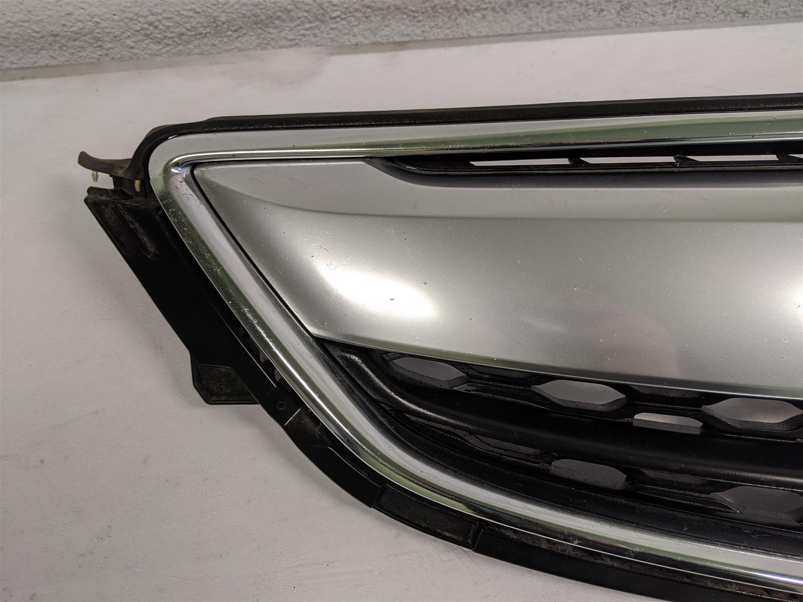 2015 Acura TLX Front Grille Assembly Replacement