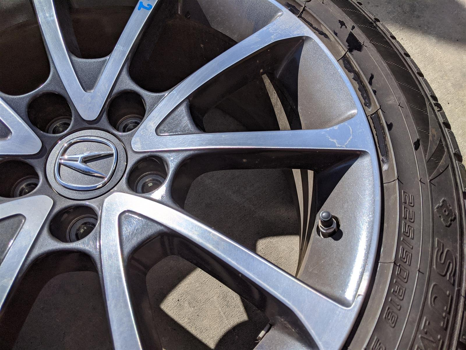 2015 Acura TLX 18x7.5 10 Spoke Alloy Wheel Replacement