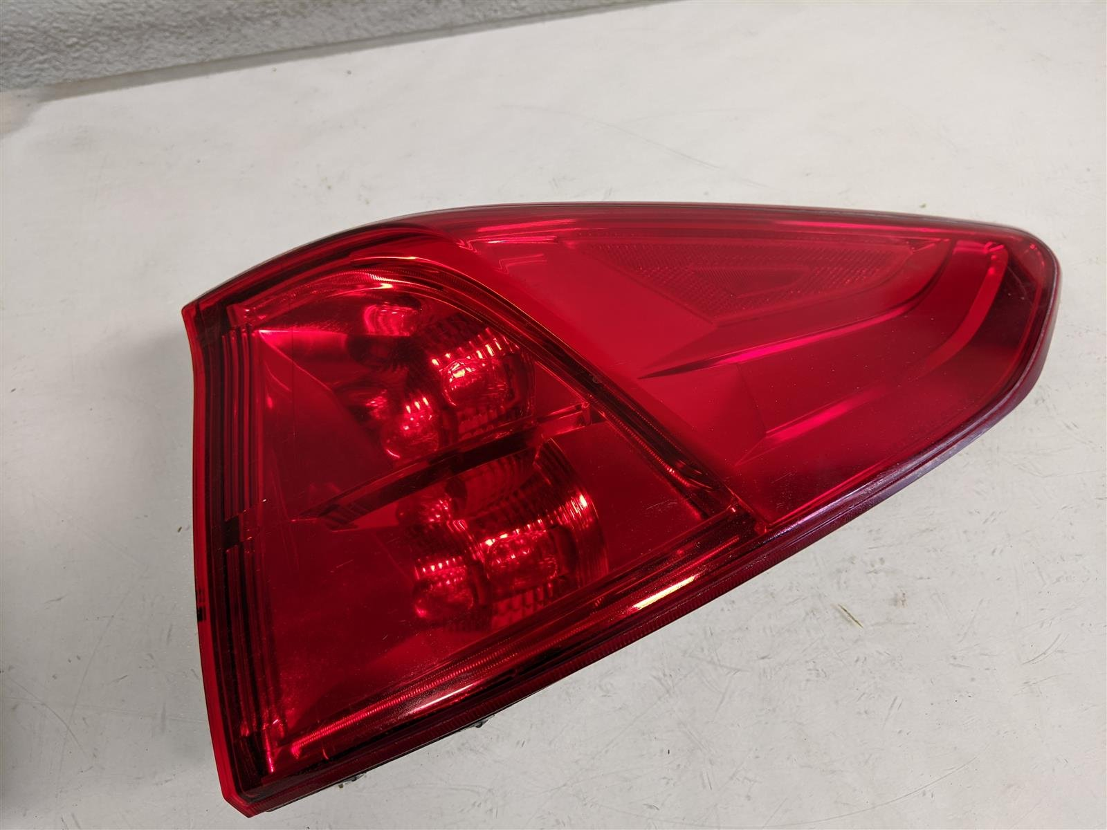 2018 Honda Odyssey Passenger Tail Light Lamp Replacement