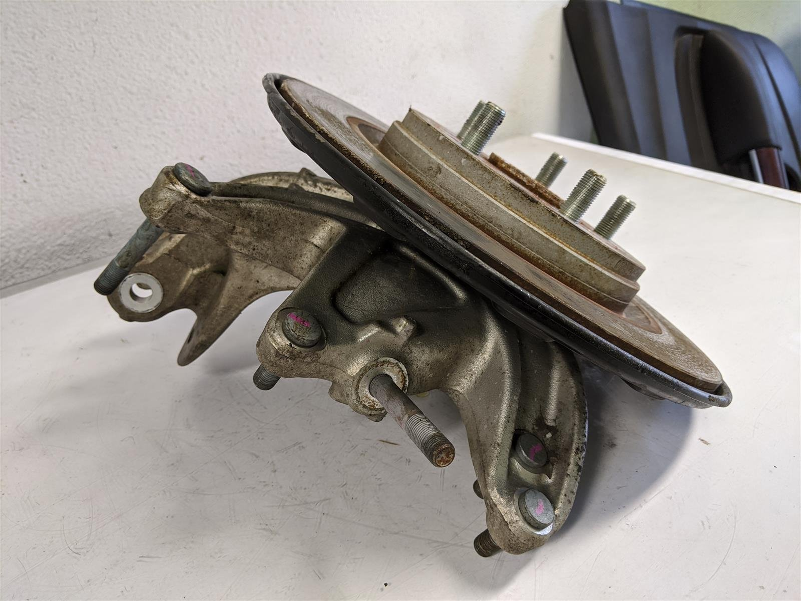 2018 Honda Odyssey Rear Passenger Spindle Knuckle Replacement