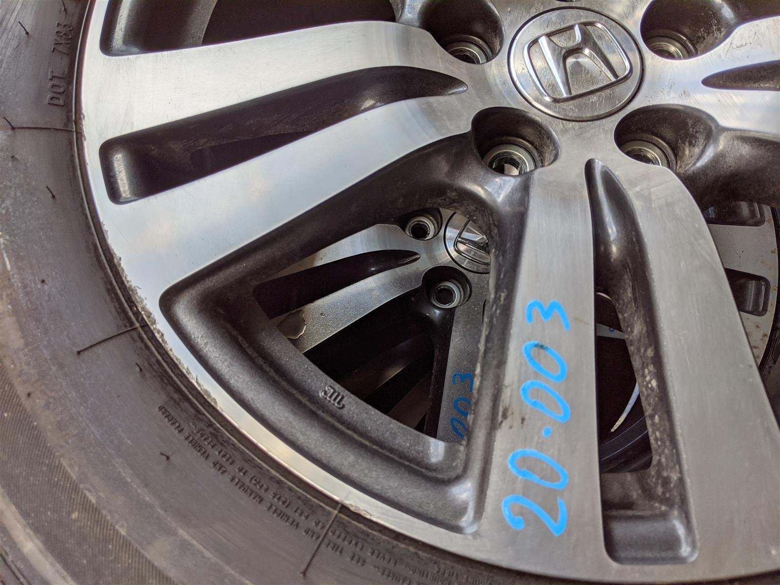 2016 Honda Pilot 18x8 Alloy Wheel Rim, Curb Scratches Replacement