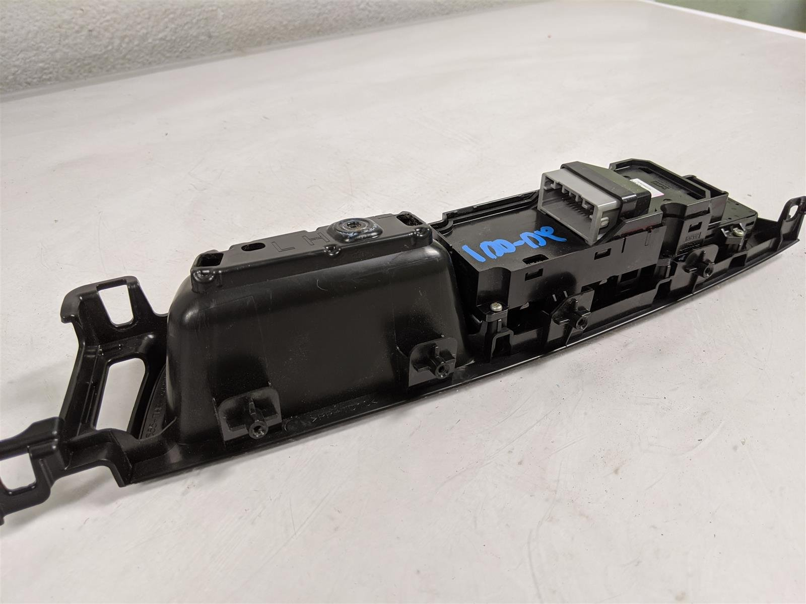 2018 Honda Odyssey Front Driver Master Window Switch Assy Replacement