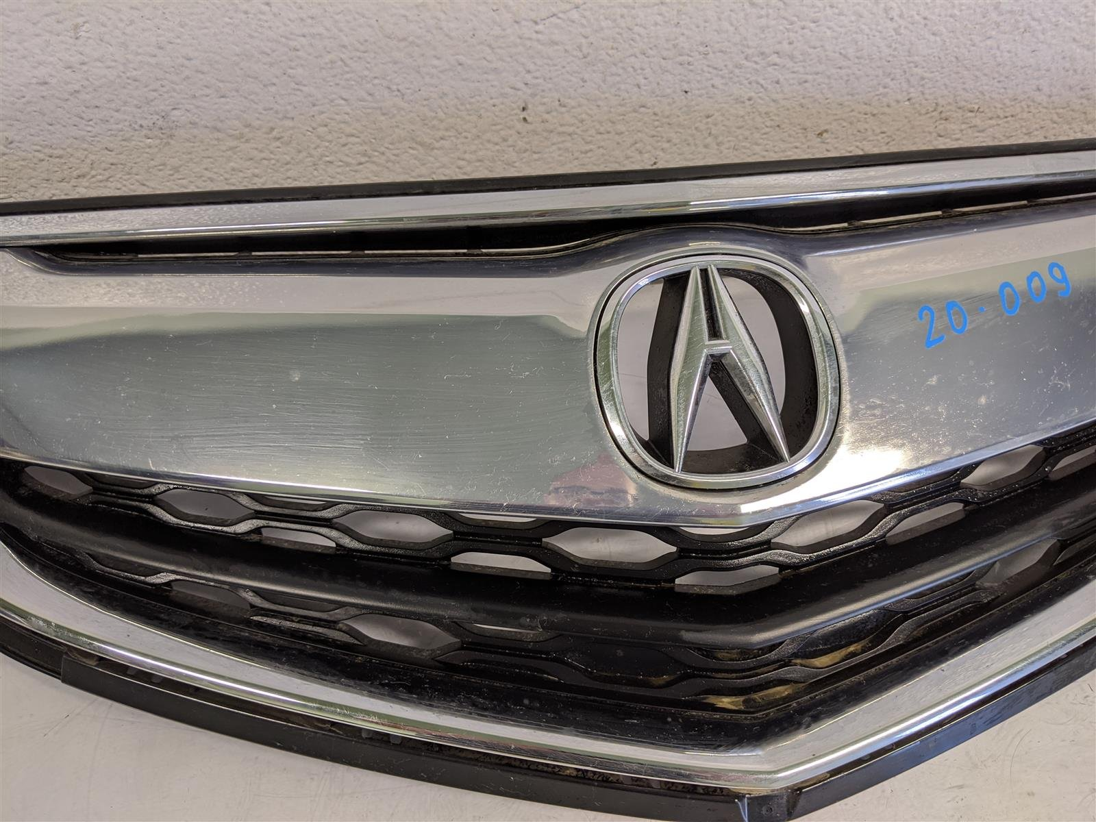 2017 Acura TLX Front Grille Assembly Replacement