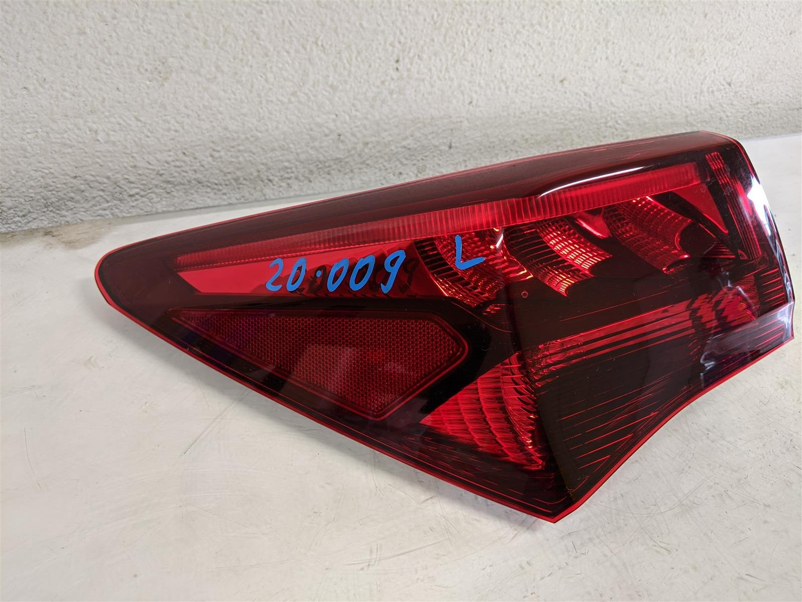 2017 Acura TLX Driver Tail Light Lamp Replacement