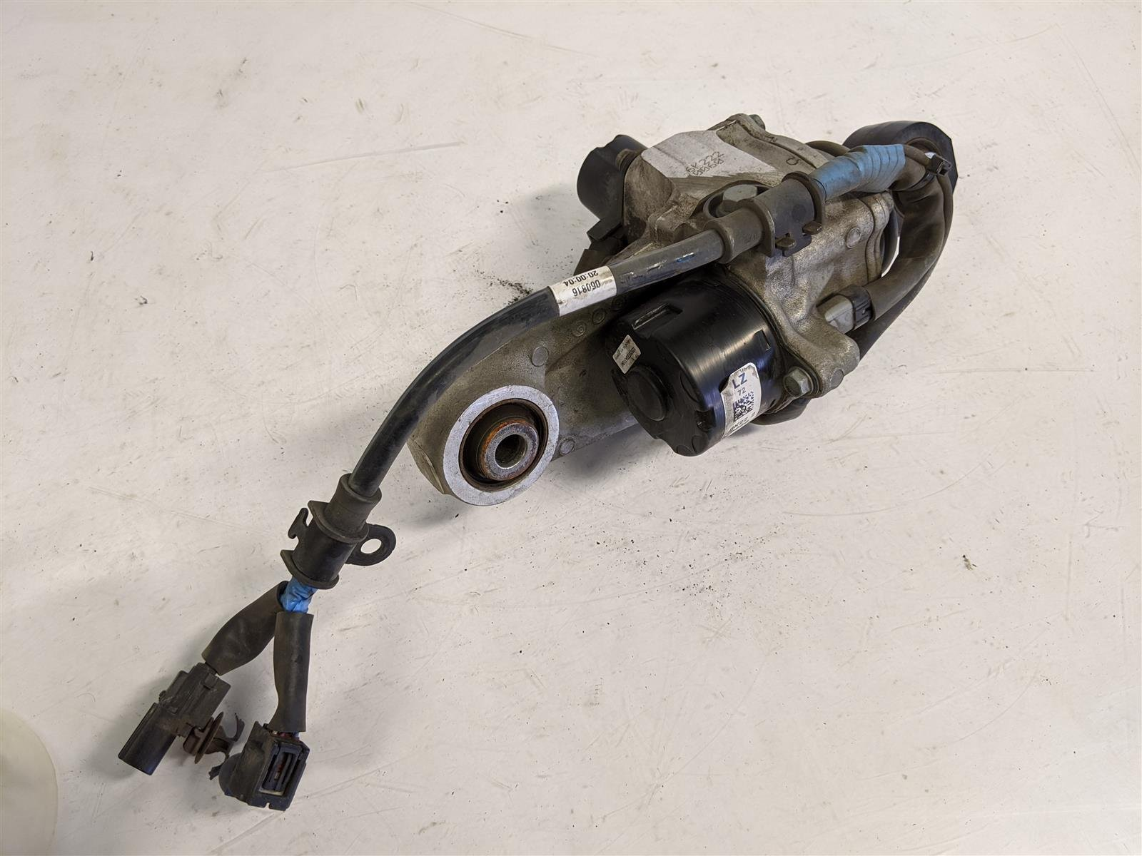 2017 Acura TLX Rear Driver Actuator Arm Replacement