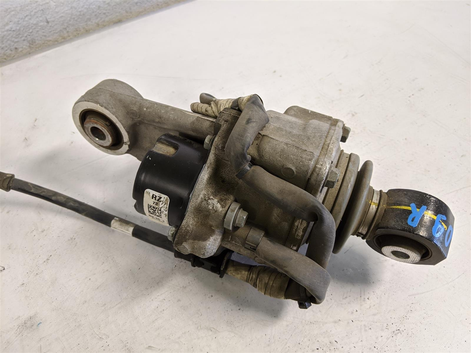 2017 Acura TLX Rear Passenger Actuator Arm Replacement