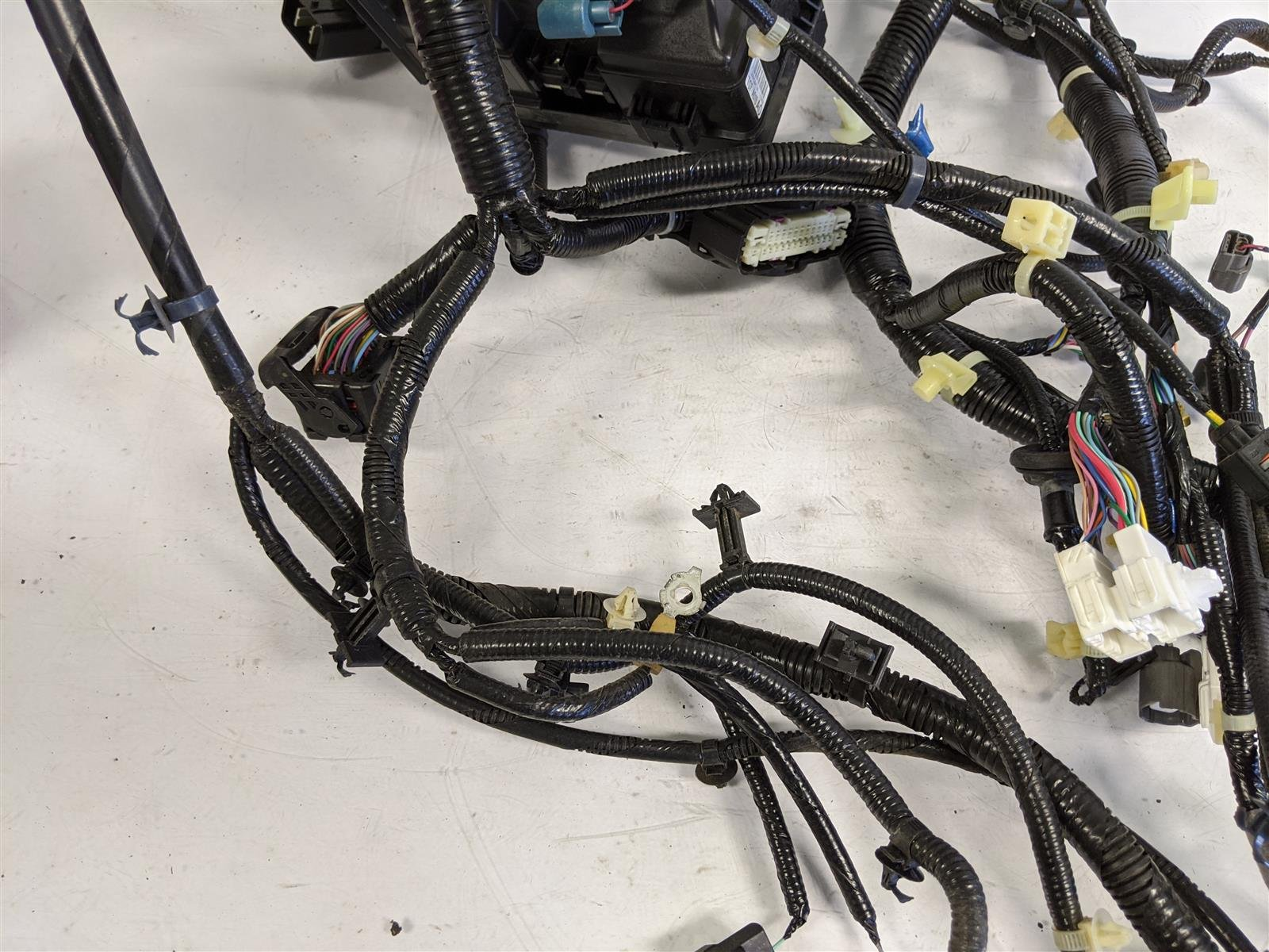 2017 Honda Pilot Passenger Cabin Wire Harness Replacement