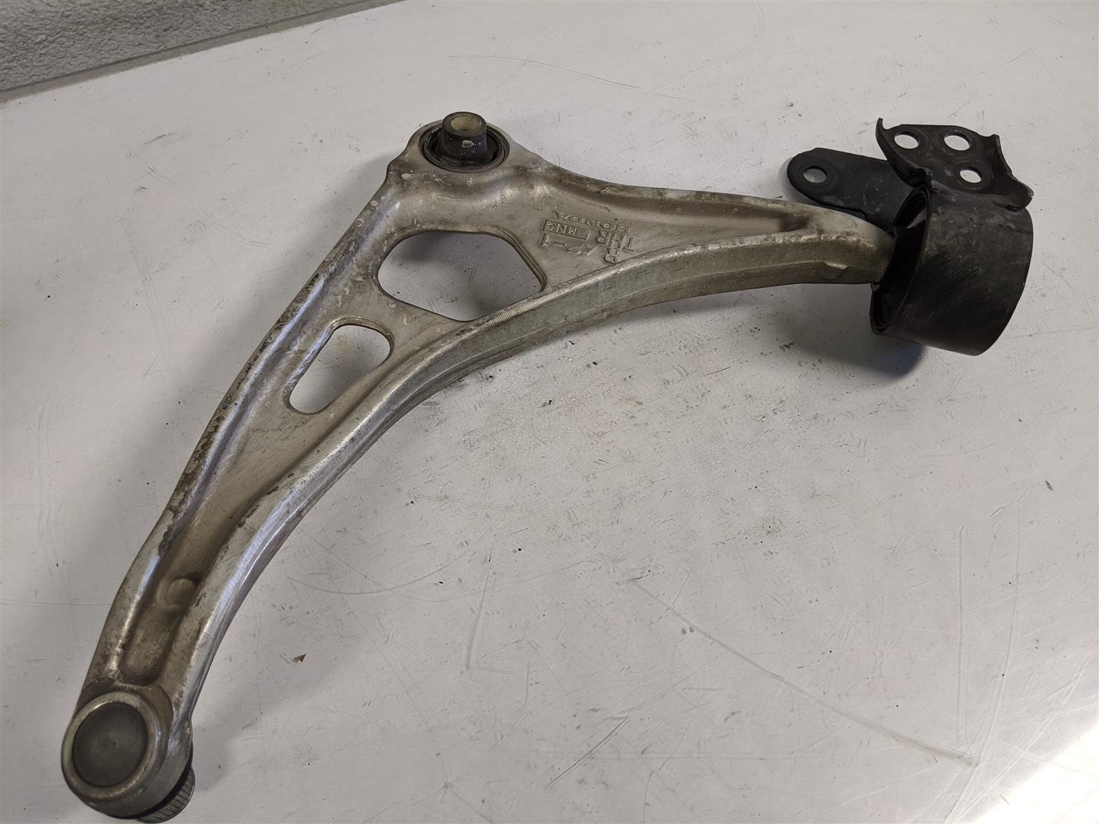 2018 Honda Odyssey Front Passenger Lower Control Arm Replacement
