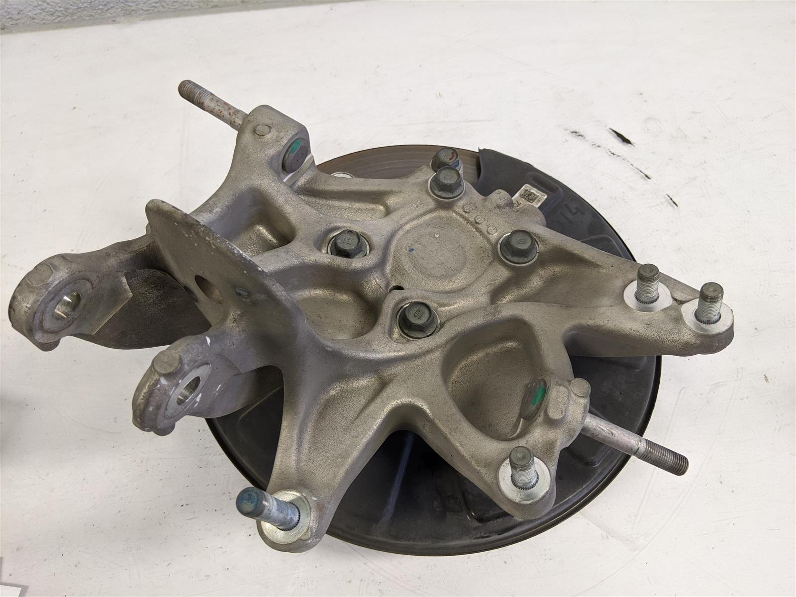 2018 Honda Odyssey Rear Driver Spindle Knuckle Replacement