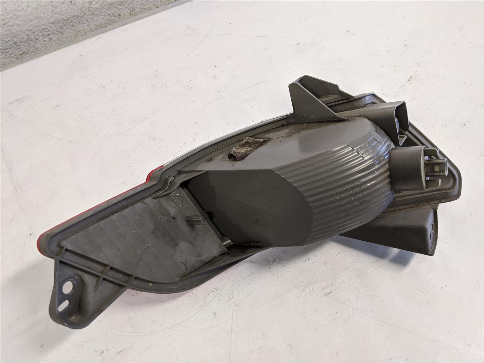 2016 Honda Pilot Passenger Bumper Reverse Light Lamp Replacement