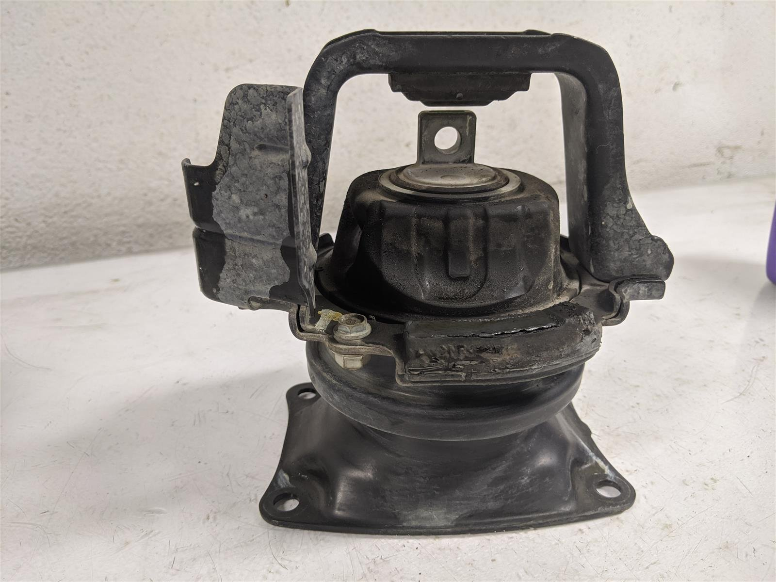 2014 Honda Odyssey Rear Engine Mount Replacement