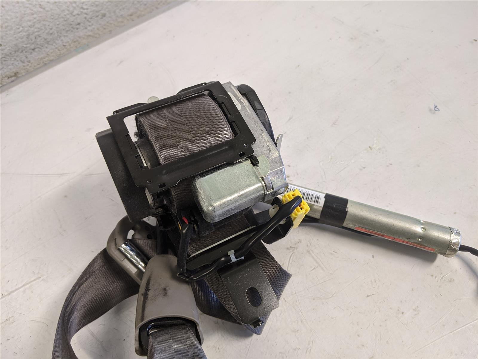 2014 Honda Odyssey Front Driver Seat Belt Gray Replacement